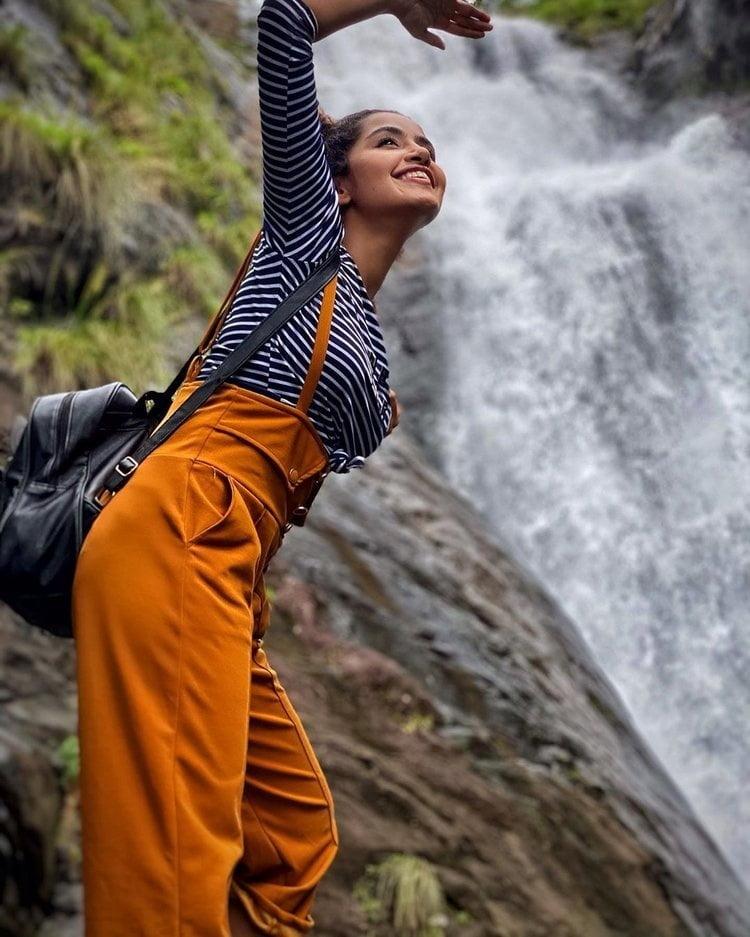 Anupama Parameswaran new - 8 Pics