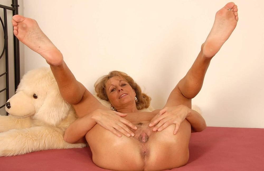 Granny pussy legs