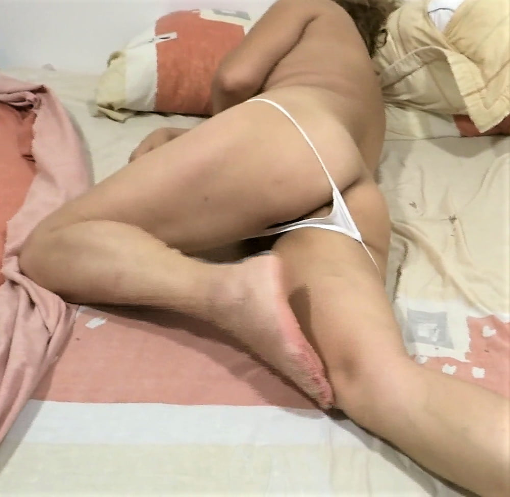 MY HAIRY WIFE, LOOK AT HER VIDEOS TOO - 57 Pics