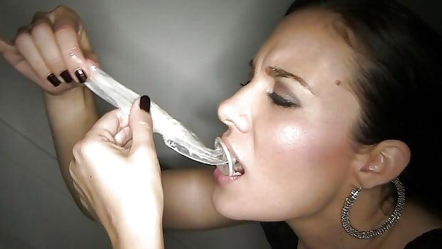 сюжеты это порно пьет из презерватива онлайн делает