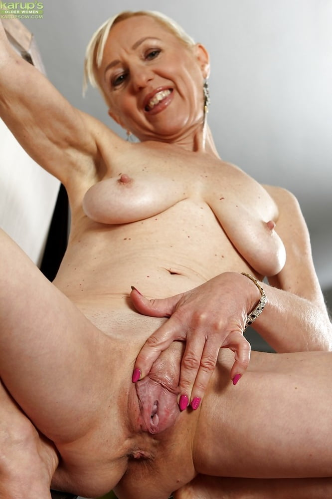 Fat granny with a glorious moist vagina is getting blasted by fresh meat
