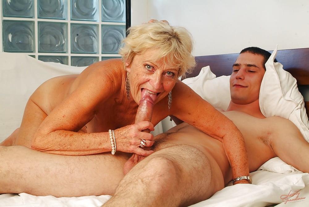 Granny Girls Sex