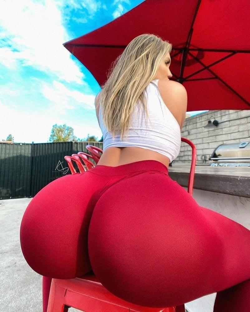 Yoga pants and sex