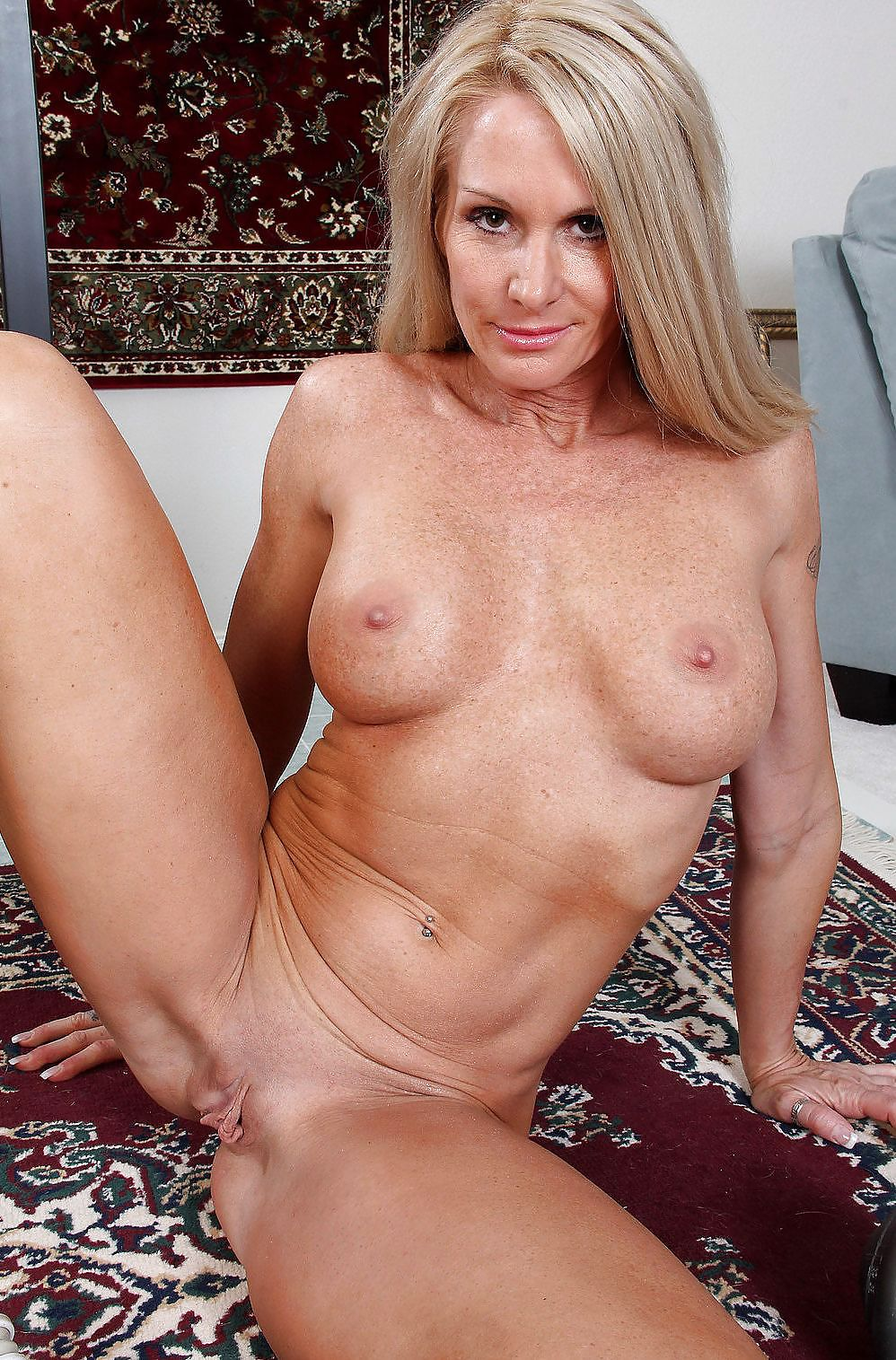 strict-milf-nude-hot-rugby-hairy-gif
