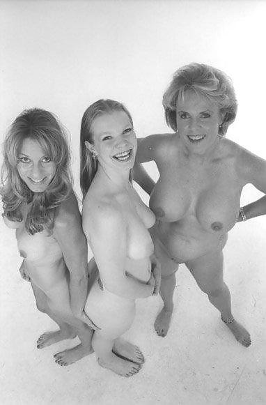 Amateur nude public dare