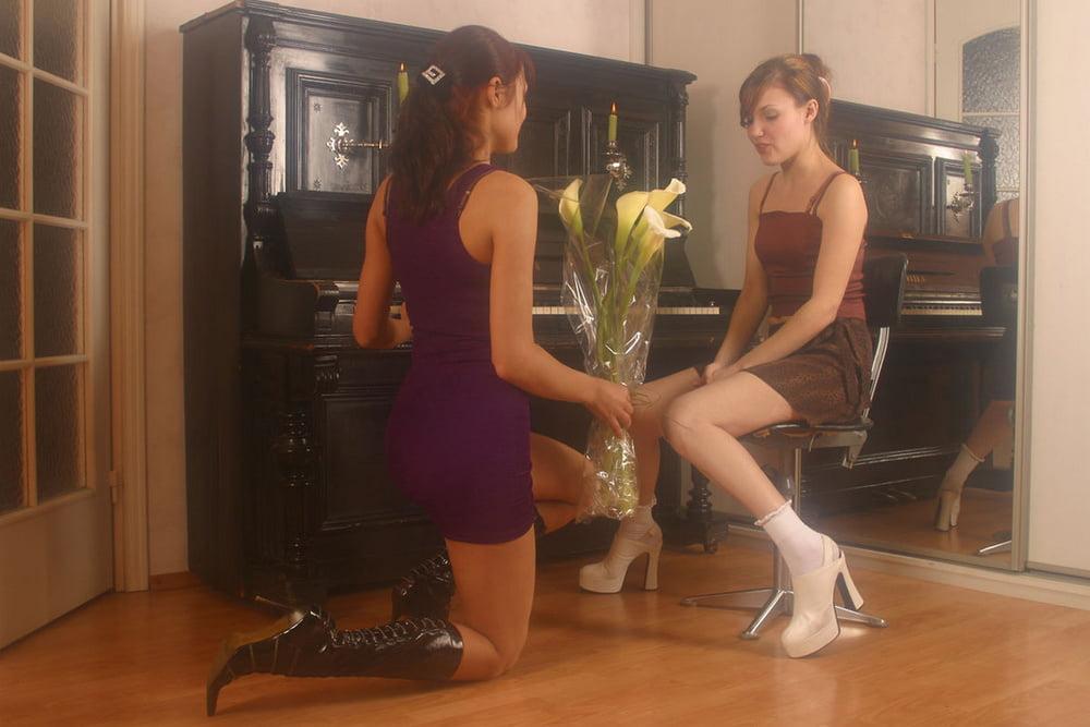 Французские актрисы эротические фото нас можно