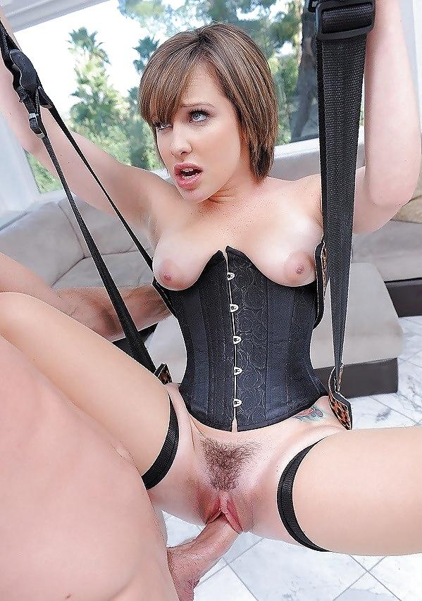 Big booty big titties hot mama