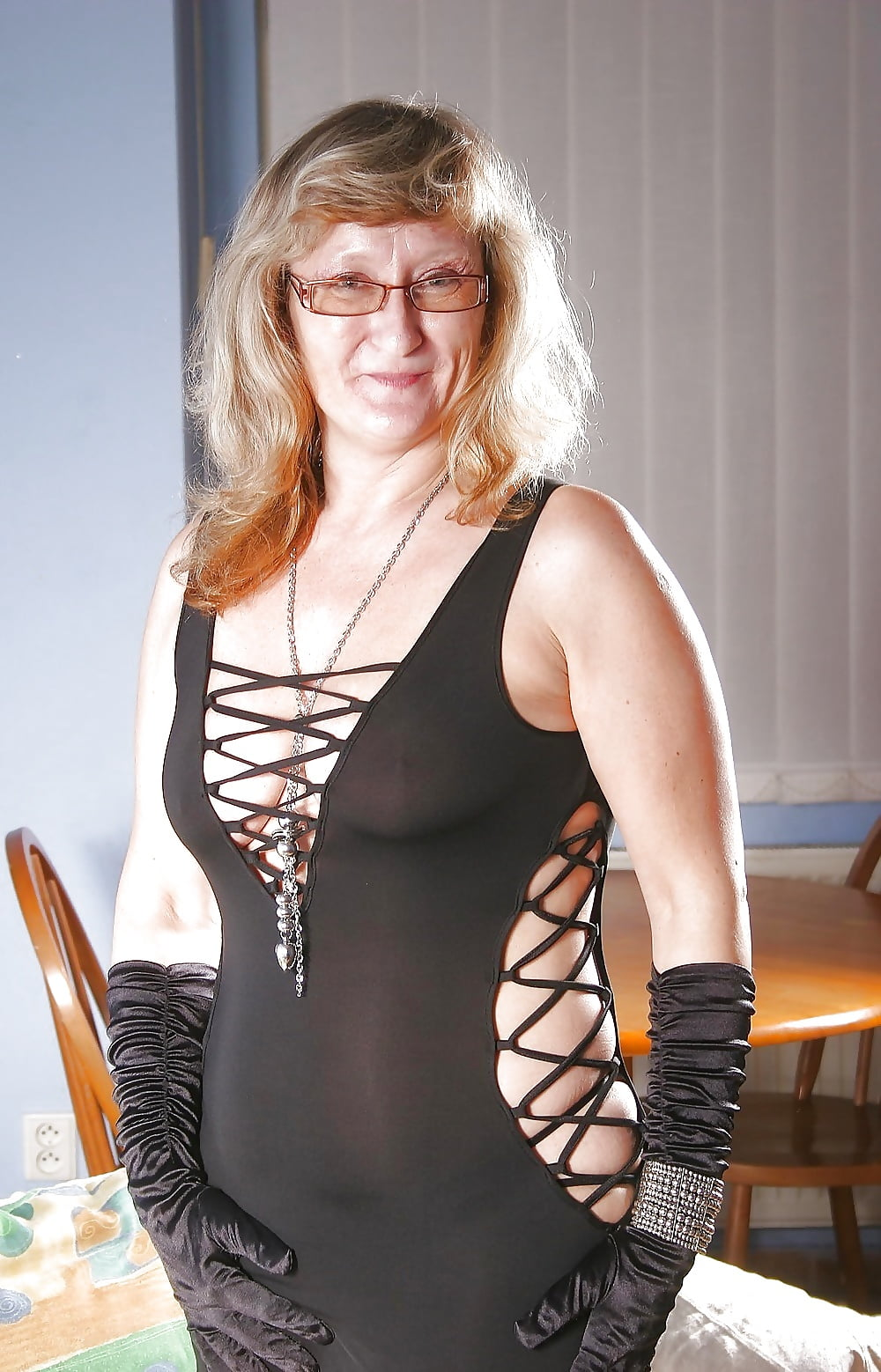Ugly Old Women But With Big Tits - 28 Pics - Xhamstercom-4933
