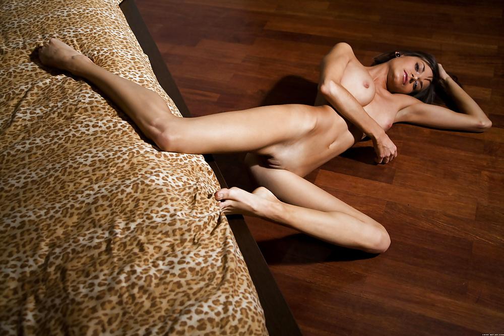 Natural tits skinny