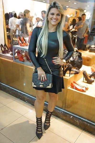 Sexy milf high heels-7108