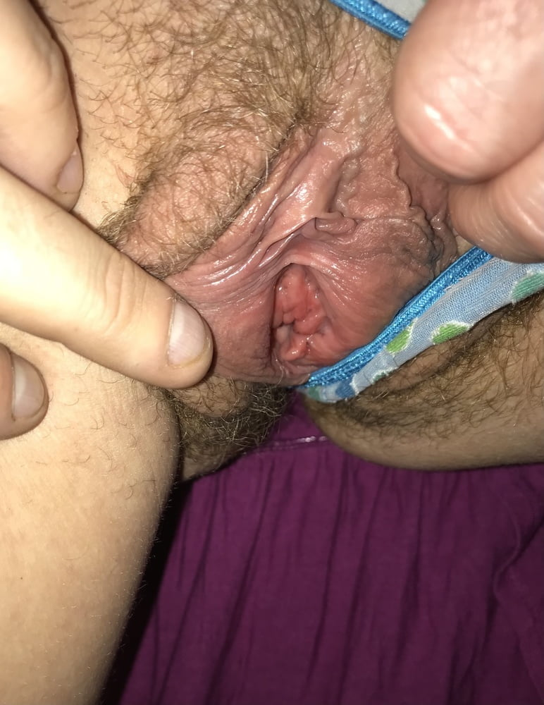See my Hairy Wet Pussy American Milf 09 - 14 Pics