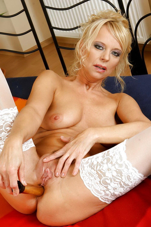 Mature Stockings And Anal Dildo - 33 Pics - Xhamstercom-2240