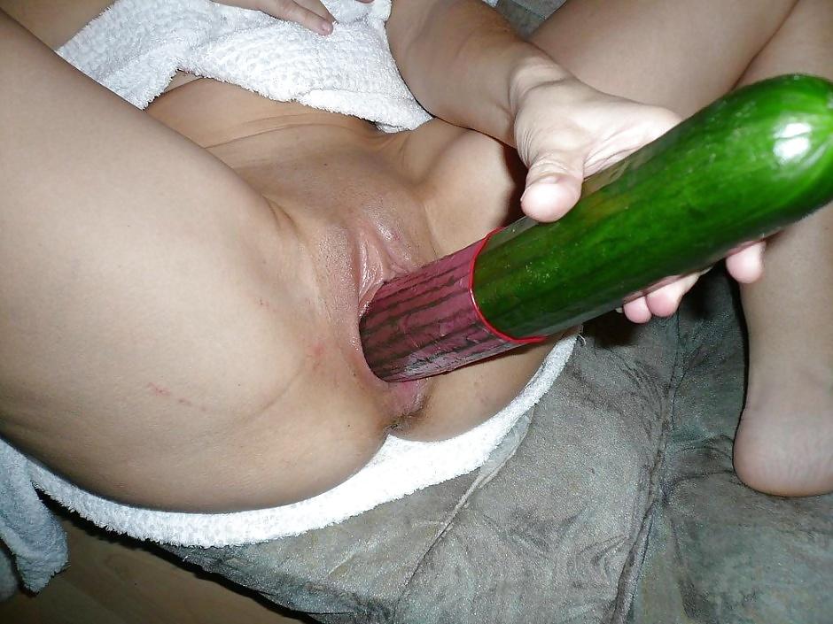 Порно сует всякую ерунду русс мужских сердец