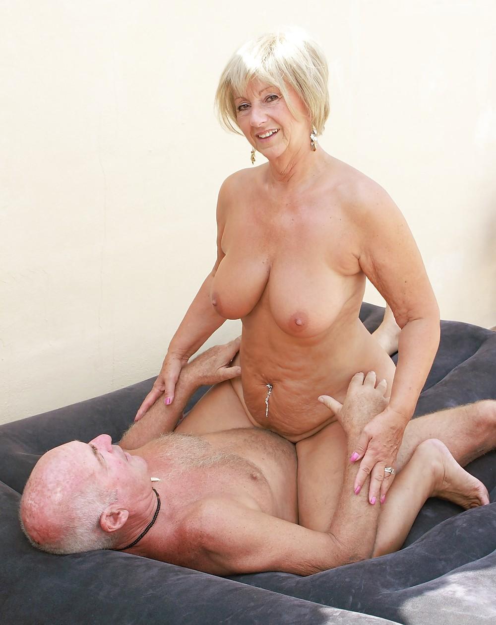 matured-ladies-in-xxx-action-sexanal-blak-jesse