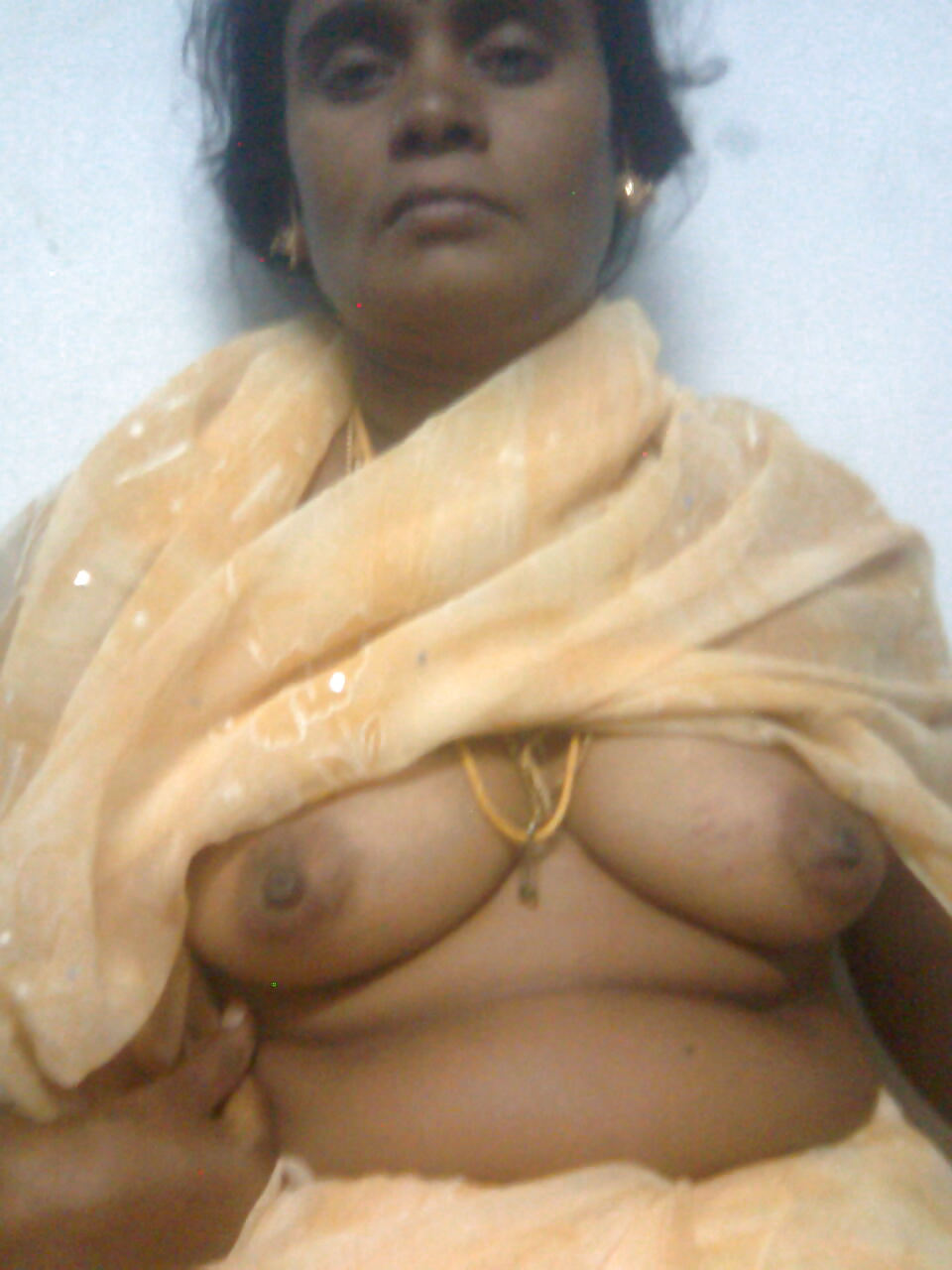 boobs tamil auntie