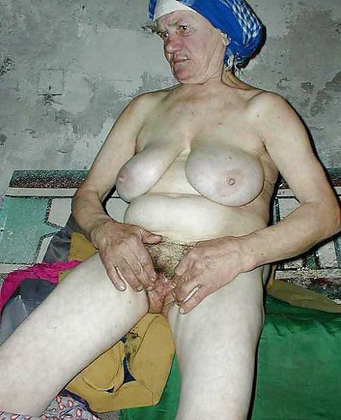Чулках очко алкаш женщина порно звезды телевидения