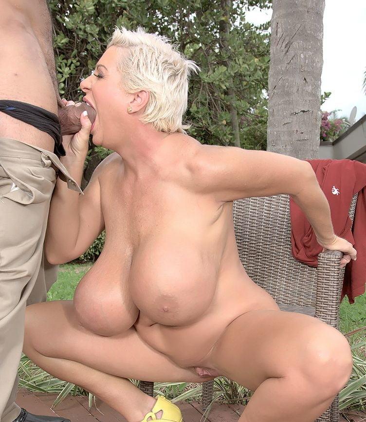 Big boobs sexy scene