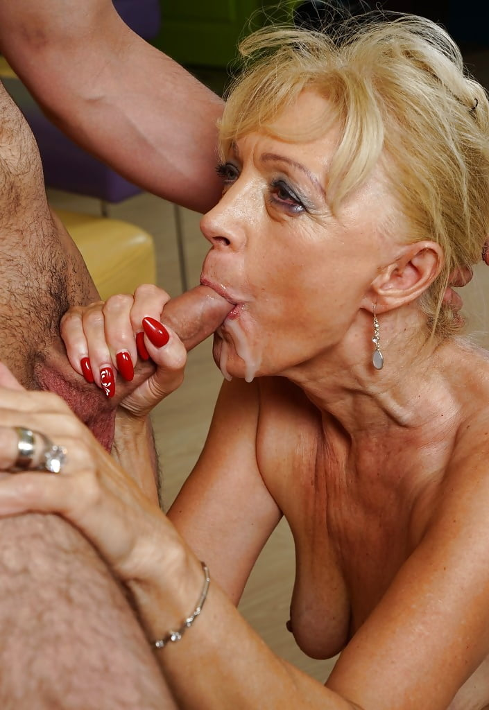 horny-granny-blowjob-ass-poping