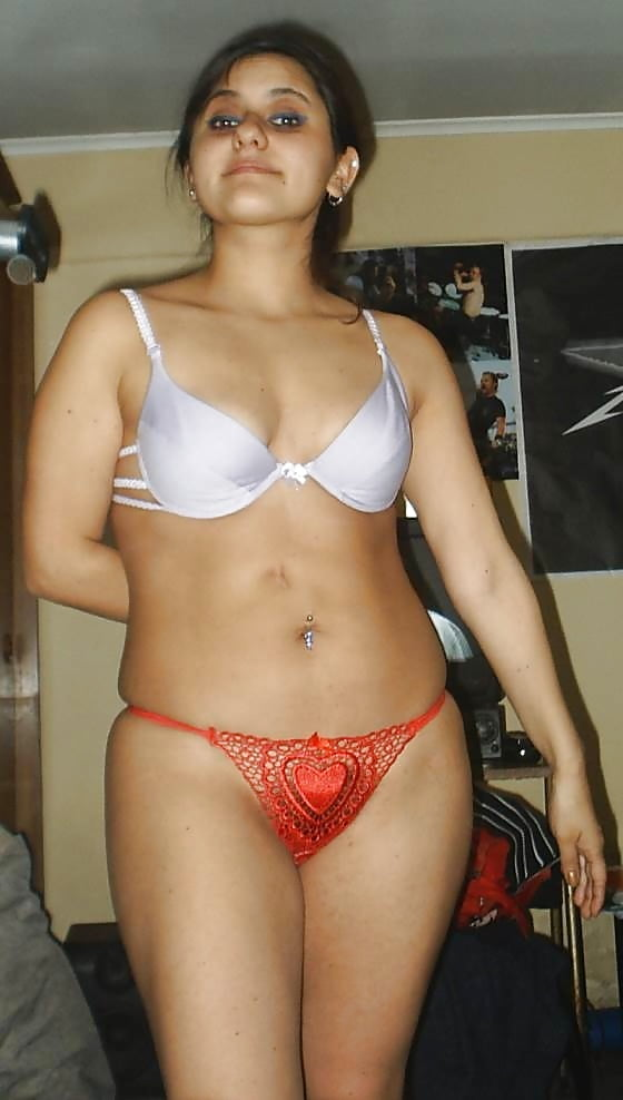 pakistan-girls-nude-and-bras-panties-photos