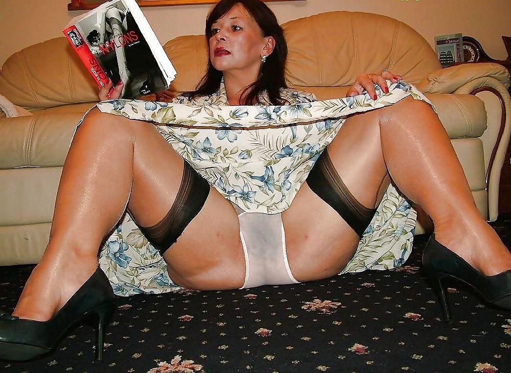 milf-strip-upskirt-panties-free-tube