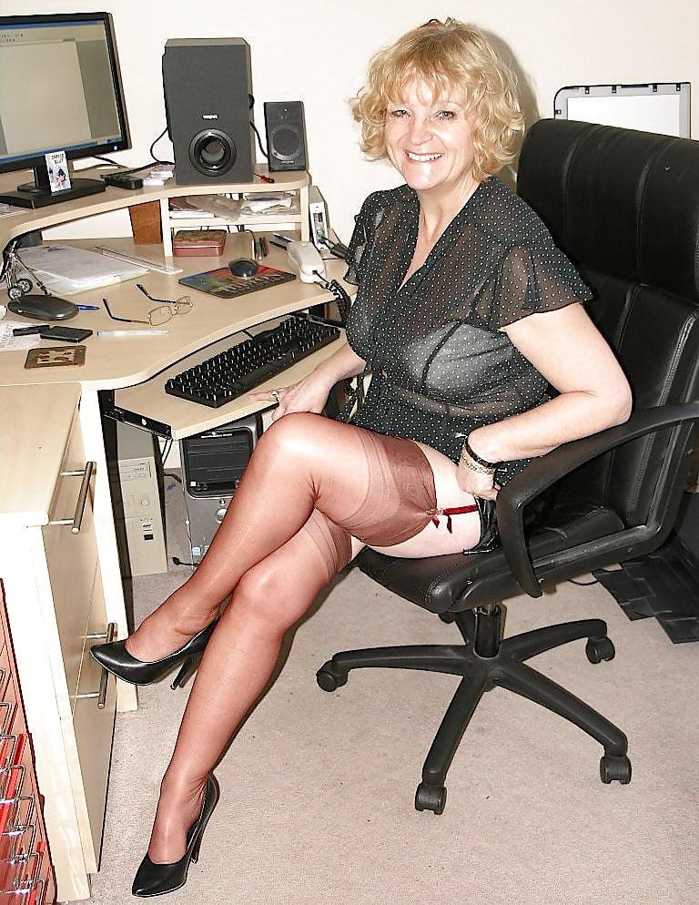 Busty Mature Milf, Flashing Her Stocking Tops - 29 Pics -9976