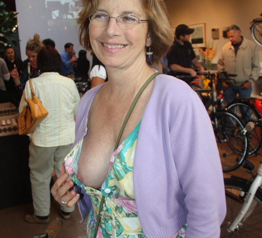 Free mature nipples pics, hot older women