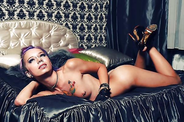 Hot babes with big natural tits-6866